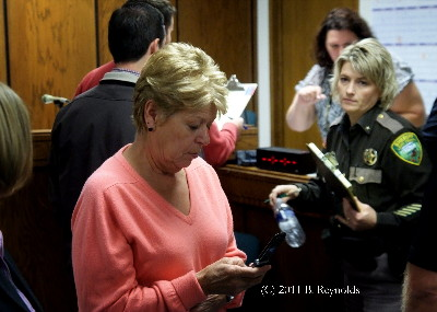 2011.1018.inquest.stacy.brown.barb.thompson.br_2