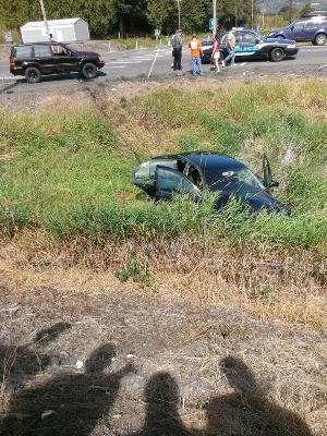 2013.0821.high12twovehiclewreck_2
