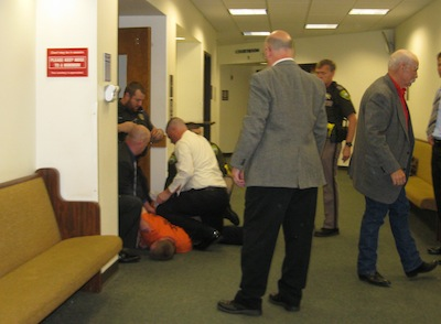 Law enforcement officers stop defendant from leaving Lewis County Superior Court courtroom